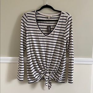 Women express one eleven striped top